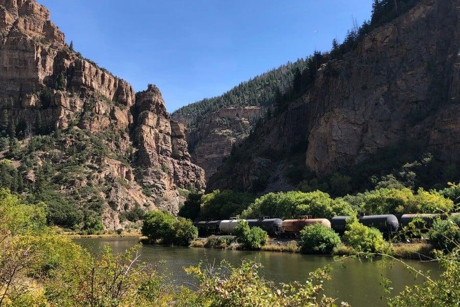 glenwood canyon and colorado river