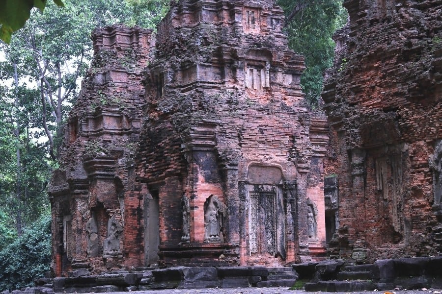 Preah Ko is in a quiet forested setting of fo