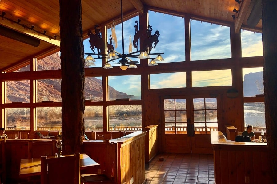 dining view red cliffs lodge