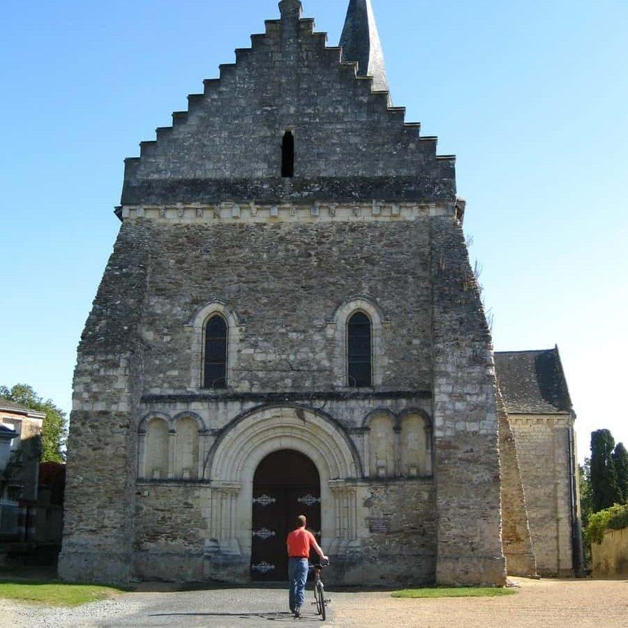 Eglises-St-Martin-de-Vertou in Linieres Bouton, France