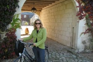 cycling in linieres bouton france