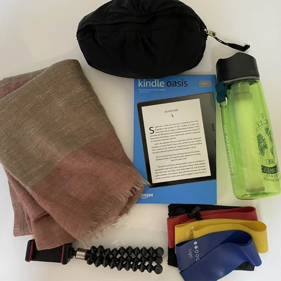 A variety of gifts for Women Who Travel