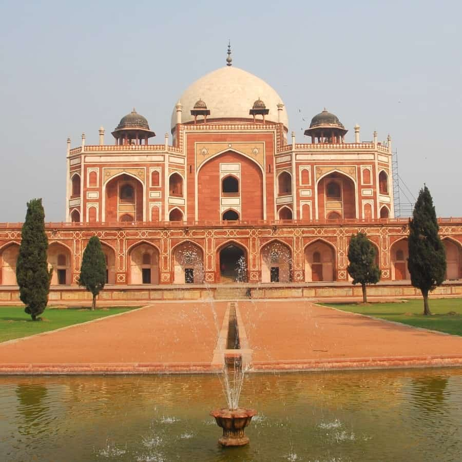 Humayun's Tomb in Delhi,India with a fountain