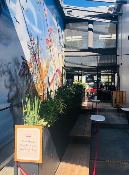 Intelligenstsia coffee shop in Venice California